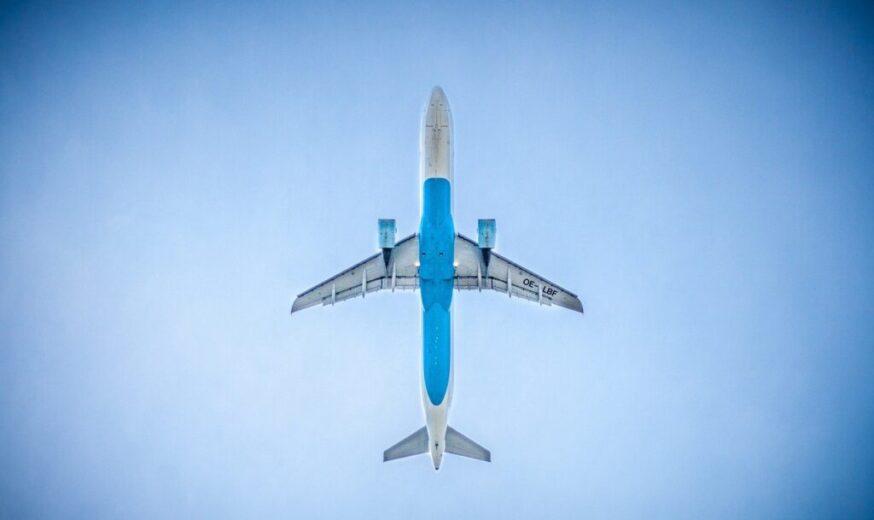 mengaktifkan airplane whatsapp